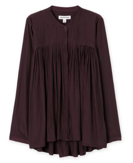 Burgandy blouse.png