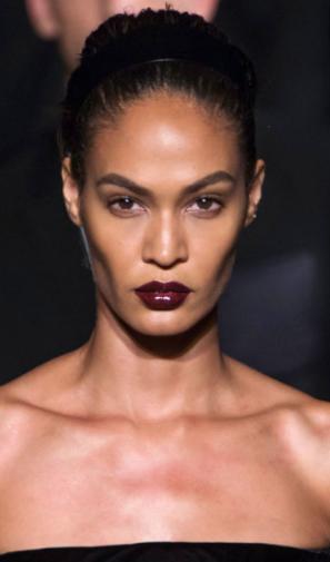 Harpers Bazaar - Dark lip